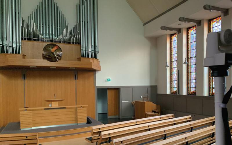 Spoedklus: versneld beelduitzending uitrollen in 69 kerken.
