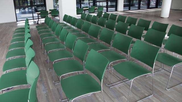 Casala ontwikkelt stoel met zitting en rugleuning van gerecycled plastic. Beeld: Casala