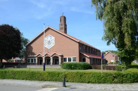 De Bethelkerk in Barneveld kort voor de verbouwing. | Copyright Helderblauw