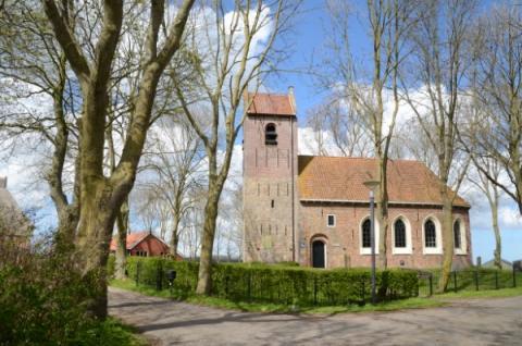 Vele kerkgebouwen verliezen hun oorspronkelijke bestemming maar blijven bewaard met andere functies.