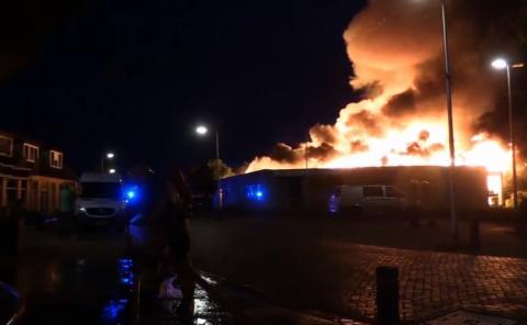 Moeder Teresakerk in Hengelo is verwoest door grote brand.